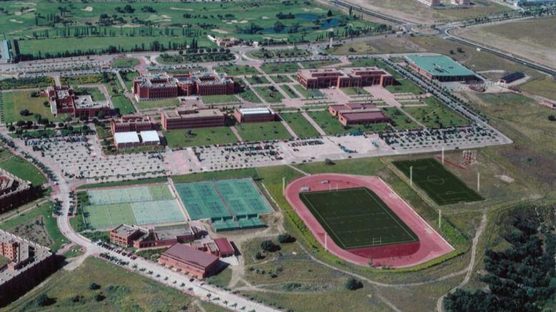 La UAX estrena campo de rugby homologado