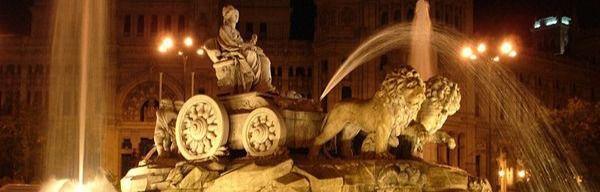 La fuente de Cibeles que dio nombre a la plaza en la que se colocó.