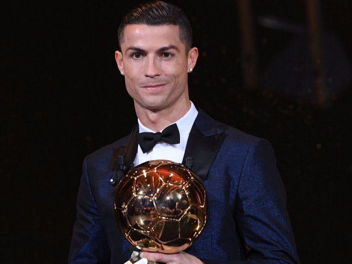 Cristiano gana su quinto Balón de Oro e iguala a Messi
