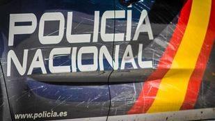La Policía Nacional ha registrado cuatro viviendas 'okupadas' y un club de fumadores.