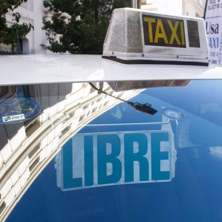 Revisión de la prohibición de ser taxista y portador de VIH