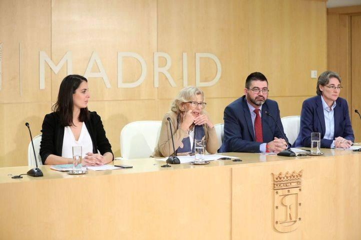 Maestre, Carmena, Sánchez Mato e Higueras, en una rueda de prensa.
