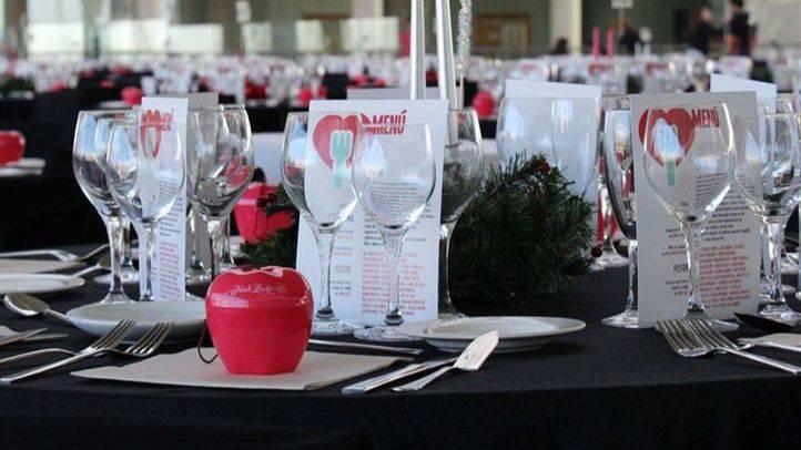 Una cena solidaria para 500 personas necesitadas