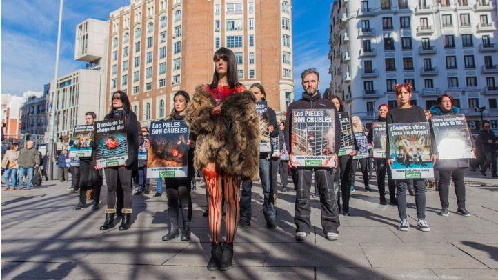 AnimaNaturalis protagoniza una protesta contra la industria peletera