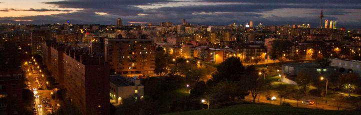 Madrid iluminado desde el Cerro del Tío Pío.