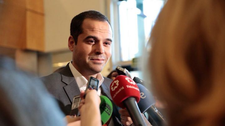 Ignacio Aguado, a su entrada al Pleno