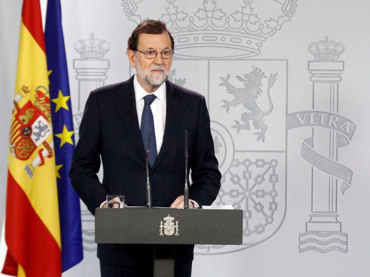 Rajoy ofrece diálogo al soberanismo pero saca el 155