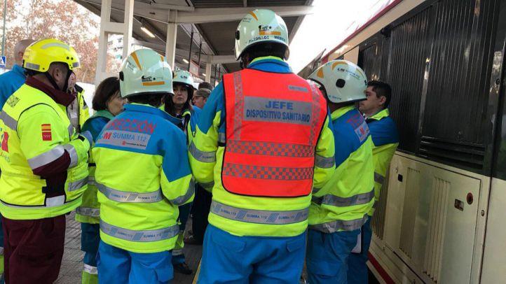 Choca un tren contra la topera en Alcalá de Henares