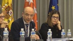El concejal de Hacienda y Patrimonio de Móstoles, Javier Gómez, en el Pleno