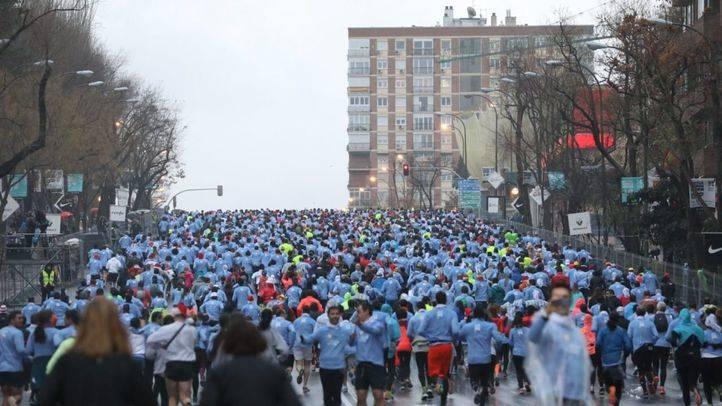 Miles de corredores en la San Silvestre Vallecana