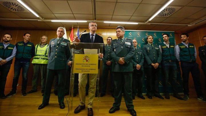 El delegado del Gobierno en Galicia, Santiago Villanueva, el coronel de la UCO y el coronel de la Comandancia de la Guardia Civil de A Coruña, junto con agentes de la UCO, dan cuenta de los detalles de la investigación del caso de la desaparición de Diana Quer.