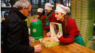 Ecovidrio reparte 2.500 roscones entre los madrileños que reciclen 1 kilo de vidrio