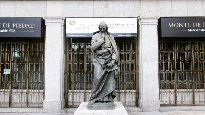 Monumento al Padre Piquer de José Alcoverro