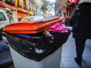 Mayor recogida de basura por los regalos de Reyes