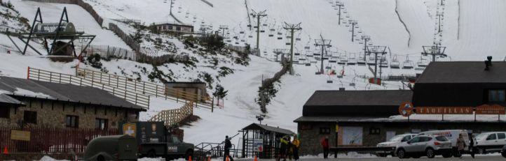 La intensa nevada reabre las pistas de Navacerrada y Valdesquí
