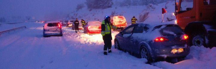 La nevada provocó el caos en la AP-6