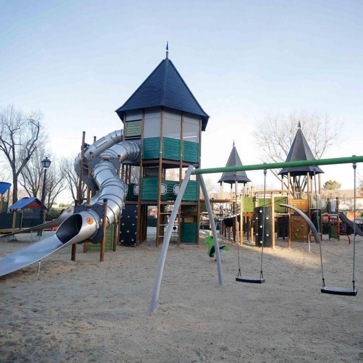 Orcasitas estrena una zona infantil integradora