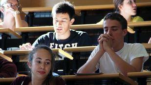 Alumnos en Selectividad, en una imagen de archivo