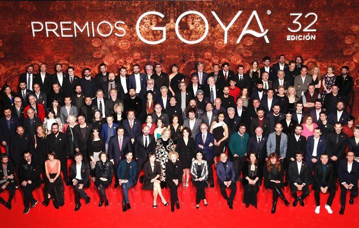 Foto de familia de los nominados a los Premios Goya 2018 en la recepción en Sol.