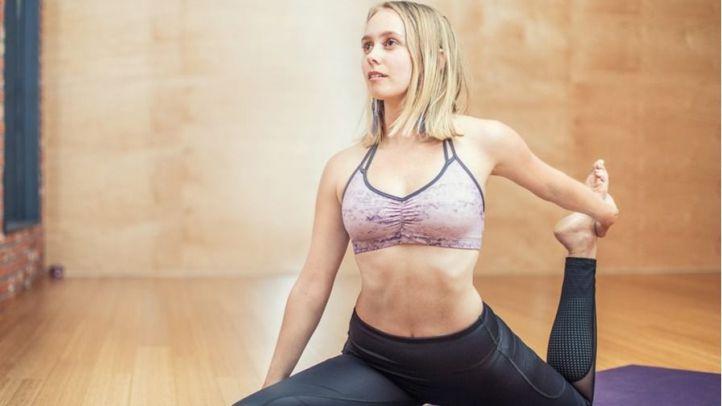 Cursos de yoga, spinning o pádel para futuros profesionales