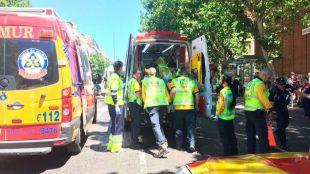 Muere un motorista por un golpe con una valla de Alcalá