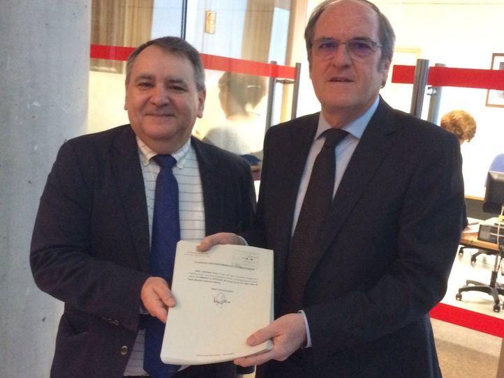 Ángel Gabilondo y Juan Jose Moreno registran sus enmiendas