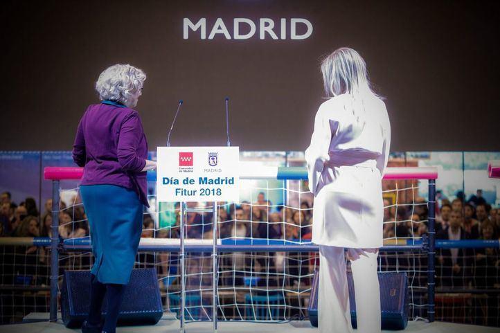 La comunidad estrenar oficina de informaci n en sol y for Oficina de turismo de la comunidad de madrid