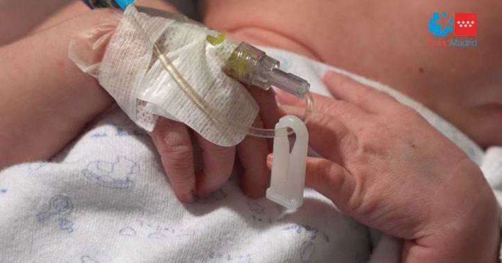 Clara, la pequeña que ha recibido el trasplante