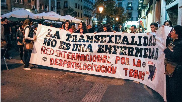 Varios colectivos luchan para que la Ley de Transexualidad