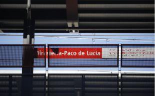 'Encerrados', con estación de tren y sin parada
