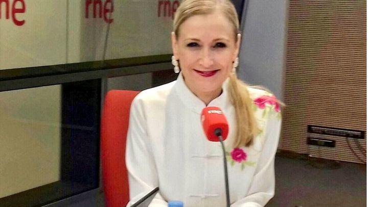 La presidenta regional, en su entrevista en Radio Nacional de España