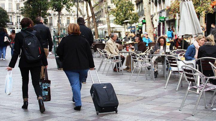 Turistas en Madrid, en una imagen de archivo.