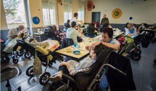 Lucha diaria en El Despertar: contra la parálisis cerebral y la asfixia económica