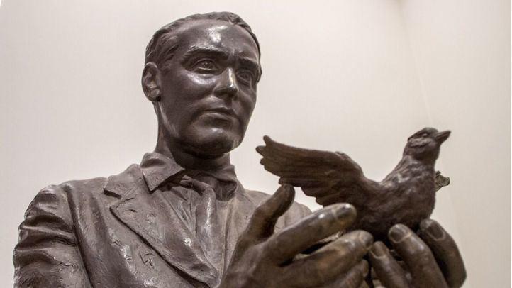 Detalle del monumento a Federico García Lorca.
