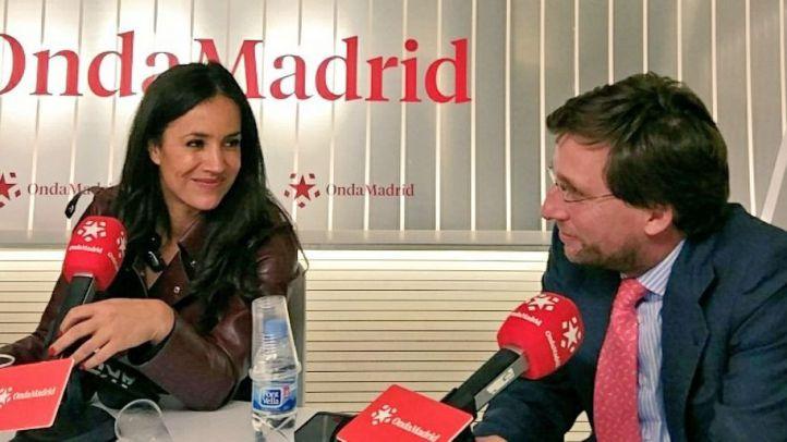 Villacís y Almeida cruzan miradas en Com.Permiso, en Madrid Directo.