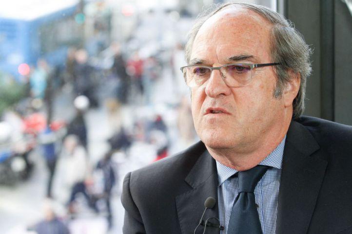 Ángel Gabilondo, en los micrófonos de Onda Madrid
