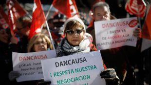El PSOE y los sindicatos piden la dimisión de Dancausa