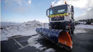El Gobierno, en alerta en Madrid ante una cota de nieve que baja a los 600 metros