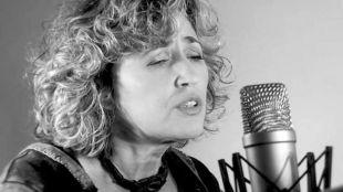 Laura Granados nos pide 'Permiso para acariciar' con la mejor música