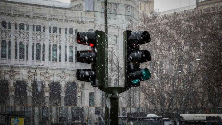 Este lunes, la persistente nevada ha provocado el caos en Madrid.