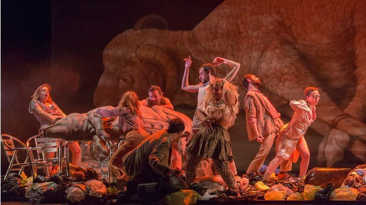 Escenas de caza, la nueva obra de Alberto Velasco en el Teatro Pavón Kamikaze
