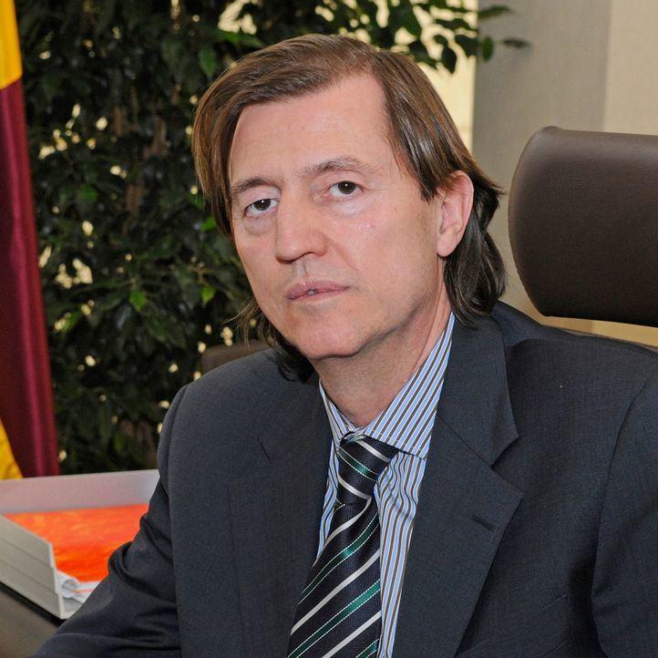 Ultimátum a Santos para pagar 10 millones de euros