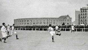 Inauguración del estadio de O'donnell del Atlético de Madrid.