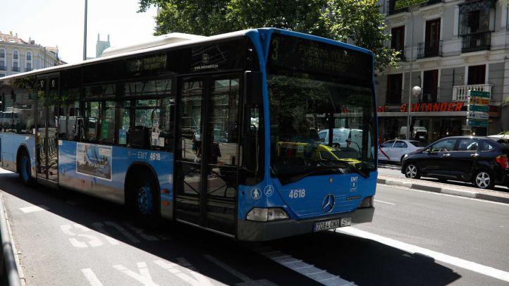 Ocho heridos en un choque entre un autobús y un coche en Cuzco