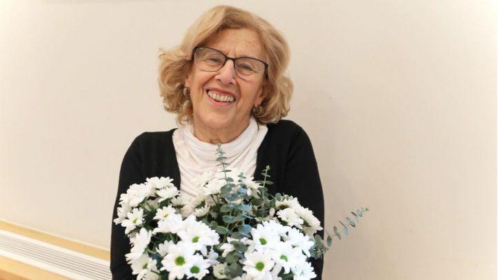 La alcaldesa de Madrid, Manuela Carmena, ha subido esta foto a redes sociales para celebrar su 74 cumpleaños.
