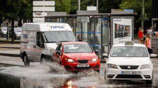 La posibilidad de lluvia complica el tráfico este lunes