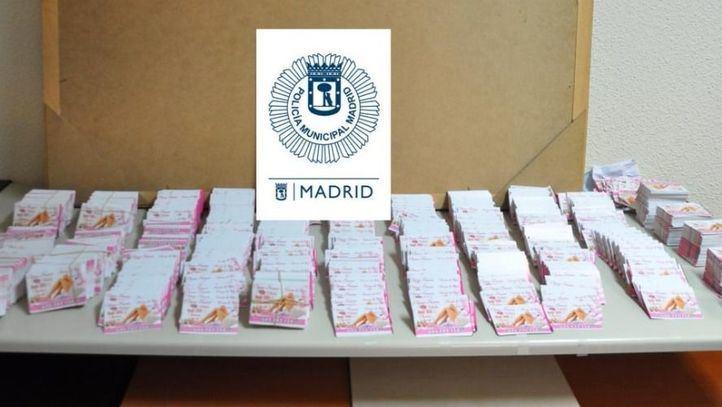 Intervenidas 25.000 tarjetas publicitarias que ofertaban servicios de carácter sexual
