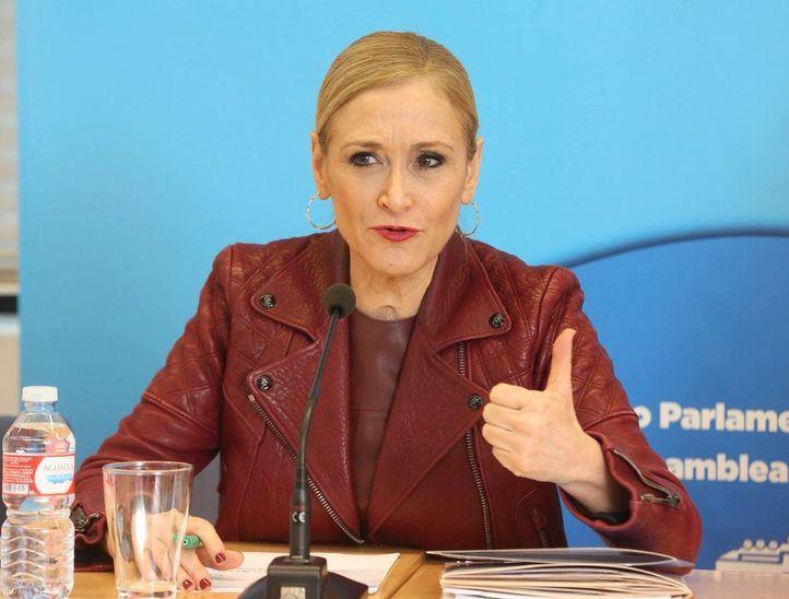 Cristina Cifuentes, en la reunión con los diputados del PP previa al Pleno de la Asamblea de Madrid