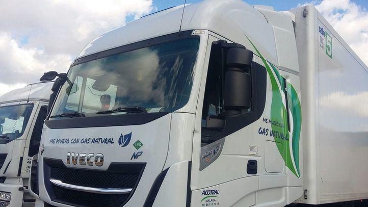 Camiones de Marcadona propulsados con gas.