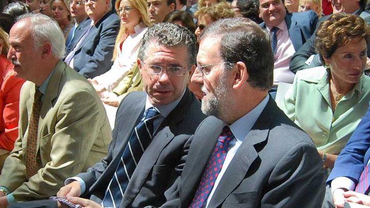 Imagen de archivo de Francisco Granados y Mariano Rajoy.